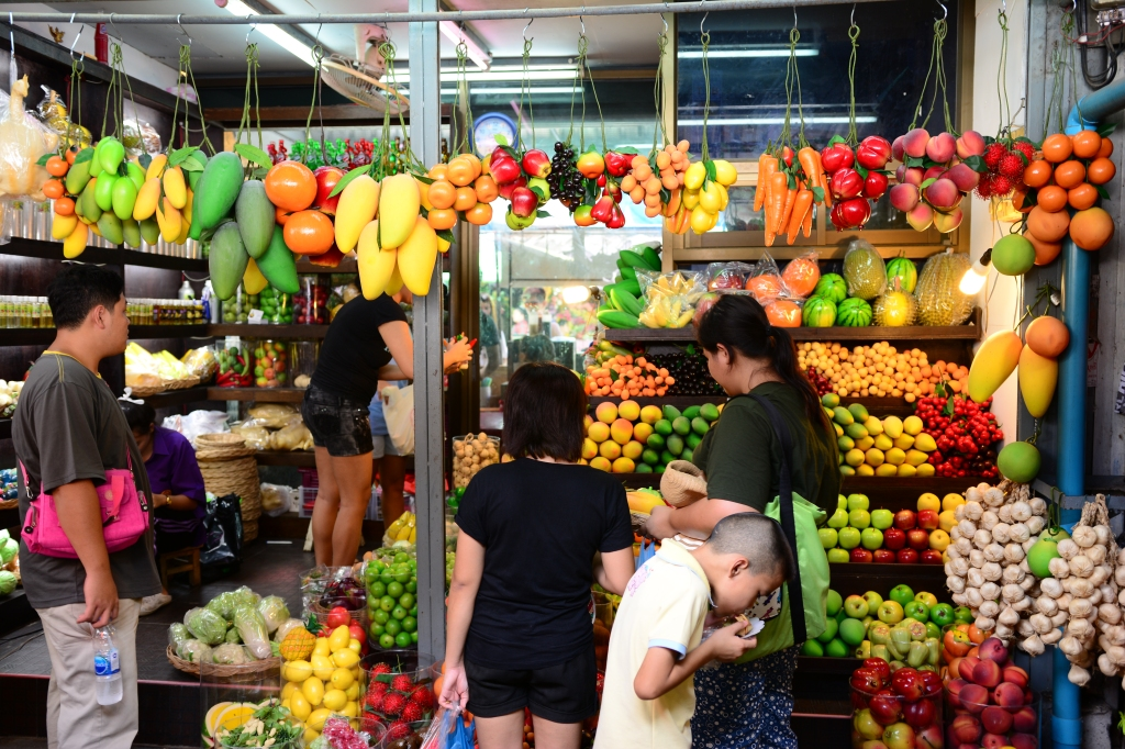 believe it or not, all the fruits in this stall are fake
