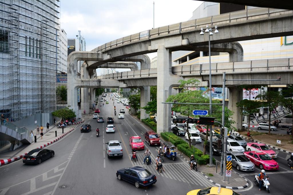 intersection near Siam Center