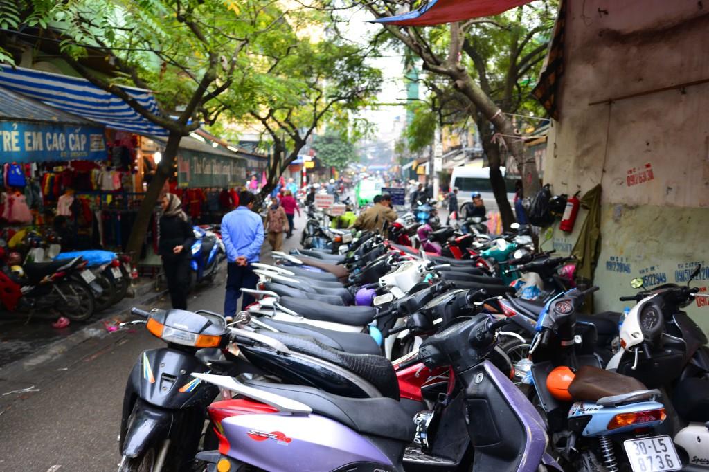 parking lot, Hanoi style