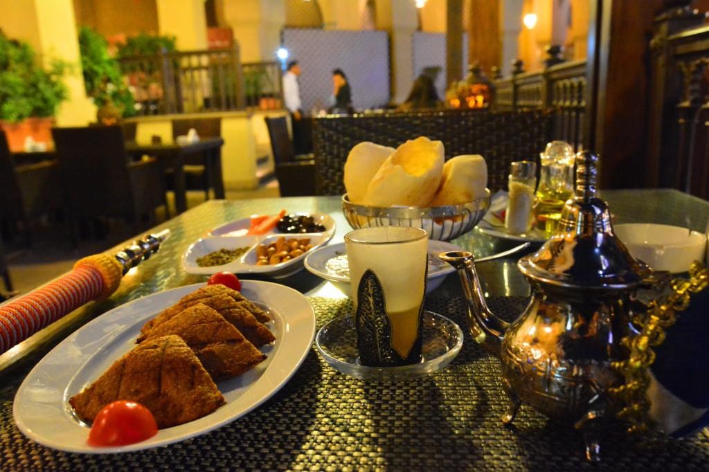 Kebbeh Sajeya, Moroccan Tea, and shisha for one