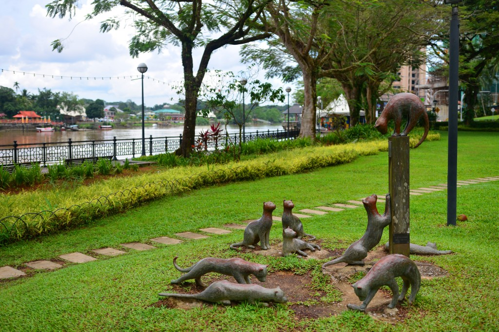 Kuching means cat in Bahasa, so of course, the city of cats would have a few cat statues