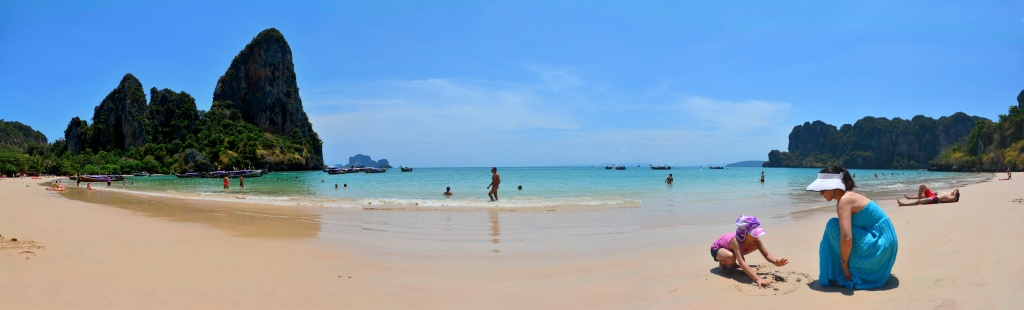 railay-beach-pano
